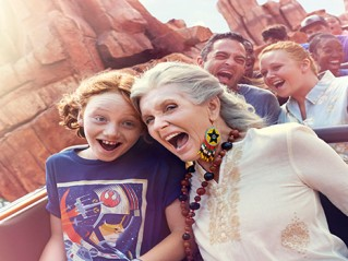 Survival Tips for  Disney Family Vacation