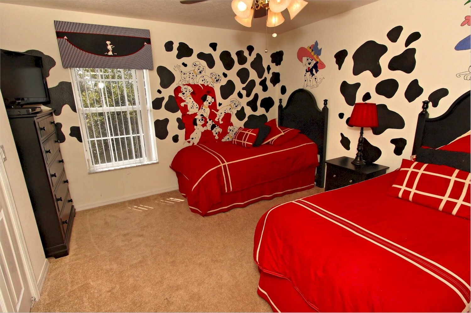 Themed bedrooms are in many vacation home rentals
