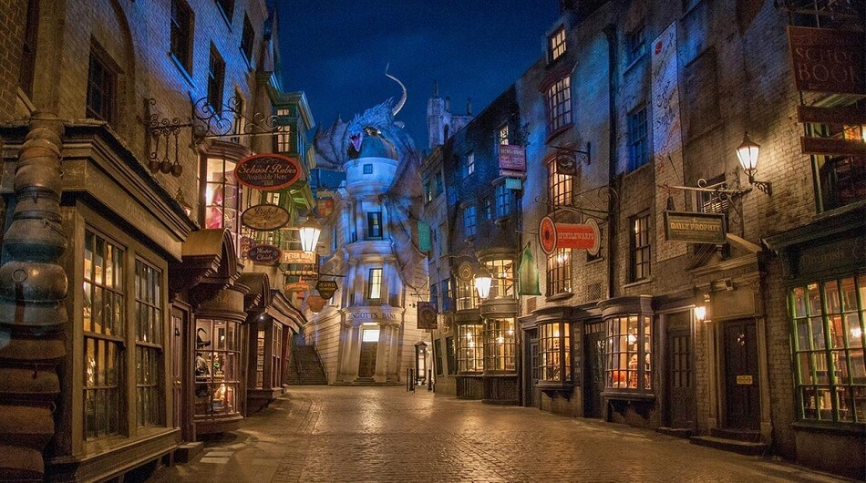 Diagon Alley Dragon