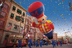Macy's Holiday Parade Universal Orlando during the holidays